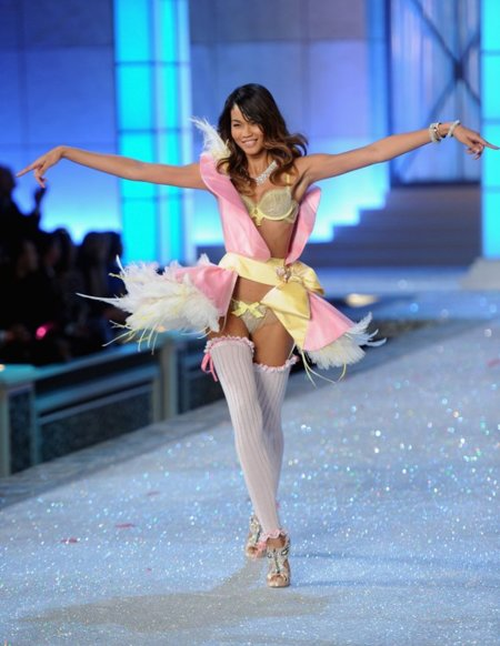 Chanel Iman Victorias Secret Fashion Show