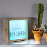 Adaptar la decoración, no solo a la temporada, sino al momento es posible con cajas de luz