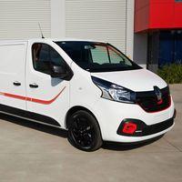 La Renault Trafic Formula Edition no es otra furgoneta blanca: monta la transmisión manual del Megane R.S.