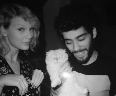 Taylor Swift y Zayn Malik suben la temperatura de la banda sonora de '50 sombras más oscuras'