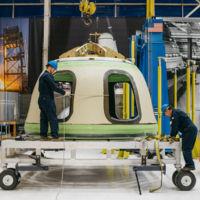 Jeff Bezos y Blue Origin quieren poner turistas en el espacio en 2018