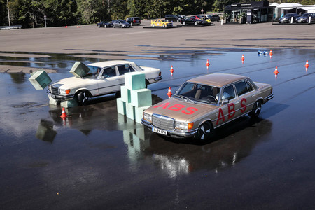 Mercedes frenos ABS 1978