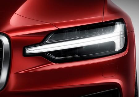 Volvo S60 2019 1600 6d