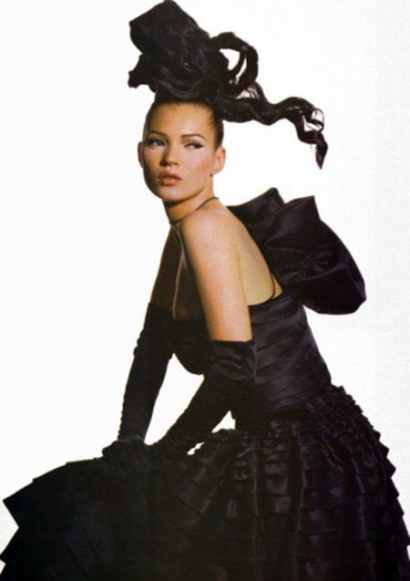 Kate Moss con diseño de Galliano