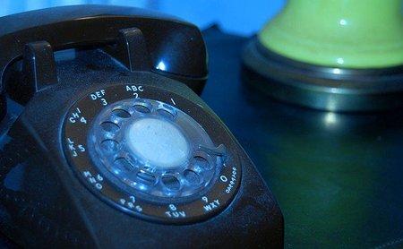 Contestar al teléfono acaba por limitar la productividad
