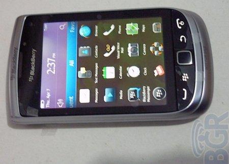BlackBerry Torch 2 también da la cara