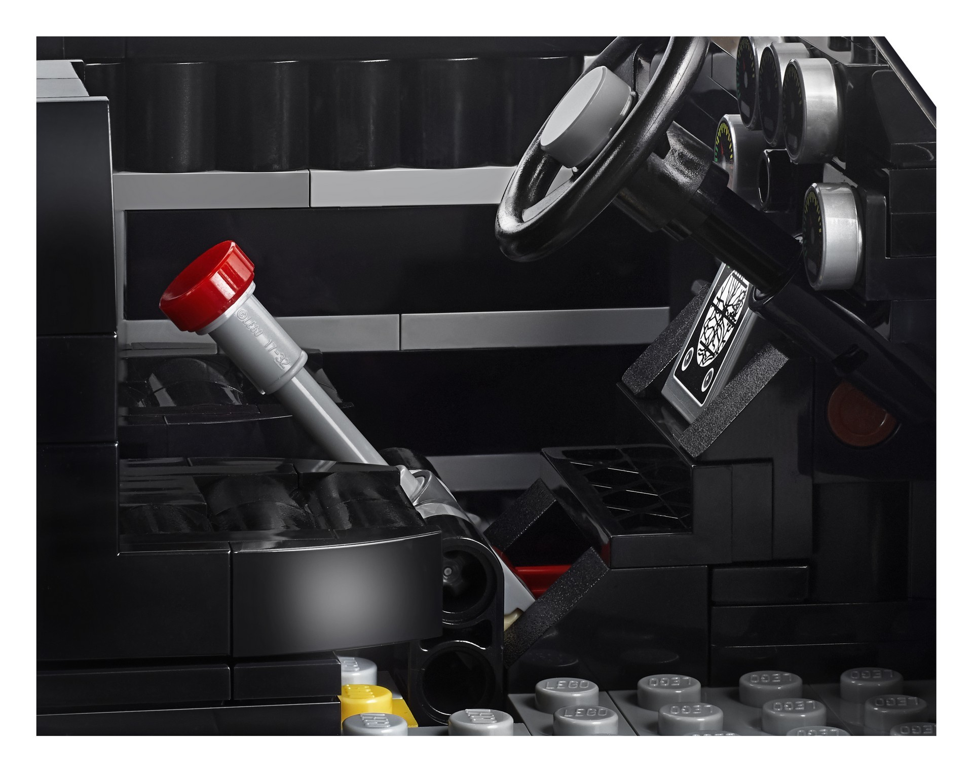 Foto de Aston Martin DB5 007 de LEGO (14/39)