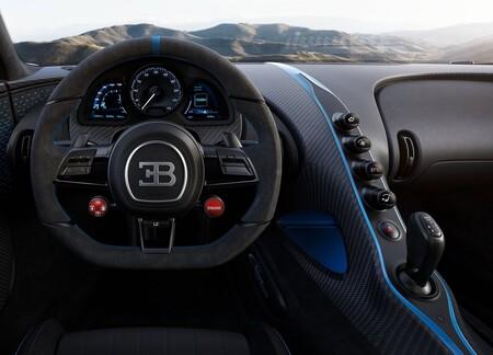 Bugatti Chiron Pur Sport 2021 1600 49