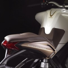 Foto 17 de 27 de la galería mv-agusta-brutale-675-desvelada-en-el-eicma-2012 en Motorpasion Moto
