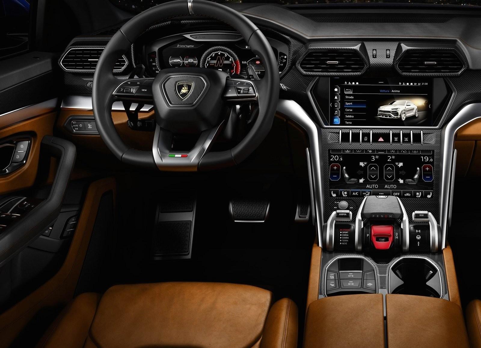 Foto de Lamborghini Urus (72/76)