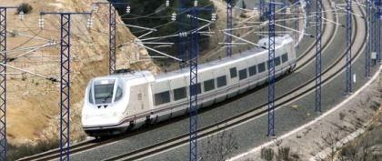Renfe quiere lanzar un AVE bajo coste entre Madrid y Barcelona