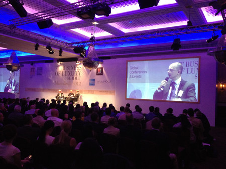 Hablando de economía en la conferencia 'The Lifestyle Revolution' by Finantial Times