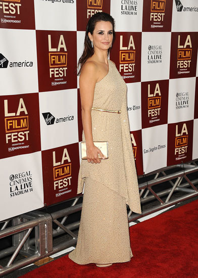 "Roger Vivier de la mano de Penélope Cruz en la première de ""To Rome with Love"" en Los Angeles"