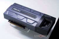 Asus MARS 295 edición limitada, con 4 GB de memoria y dos núcleos de GTX 285