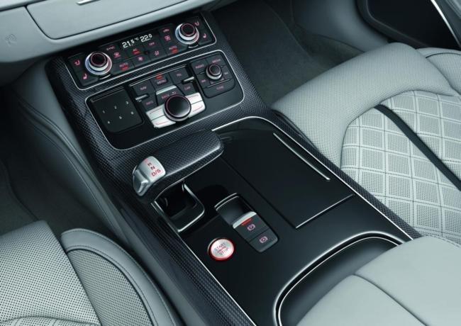 Audi S8 Interior