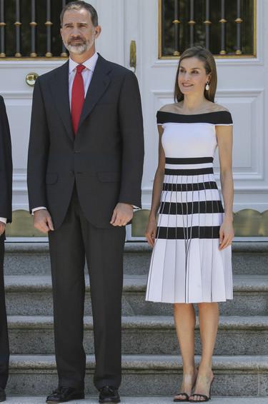 Doña Letizia estrena un estilismo sobresaliente