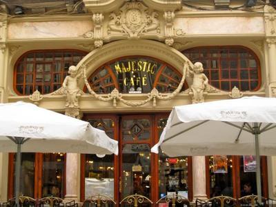 Descubriendo Oporto: Café Majestic, donde los perritos calientes se comen con cuchillo y tenedor