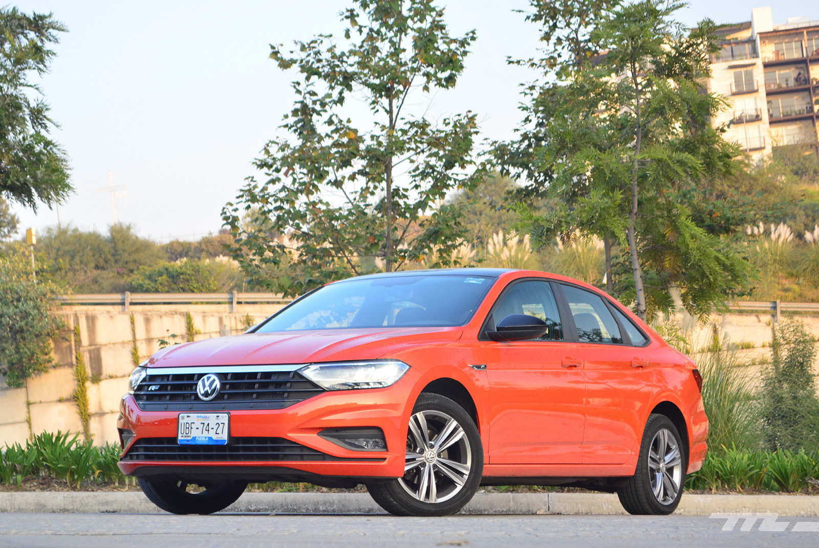 Foto de Comparativa: Mazda 3 2018 vs. KIA Forte vs. Volkswagen Jetta (6/31)