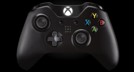 Microsoft ofrece una Xbox One conmemorativa para los primeros en reservar su consola