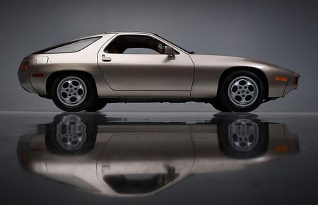 El Porsche 928 que conducía Tom Cruise en 'Risky Business', subastado por 1,98 millones de dólares
