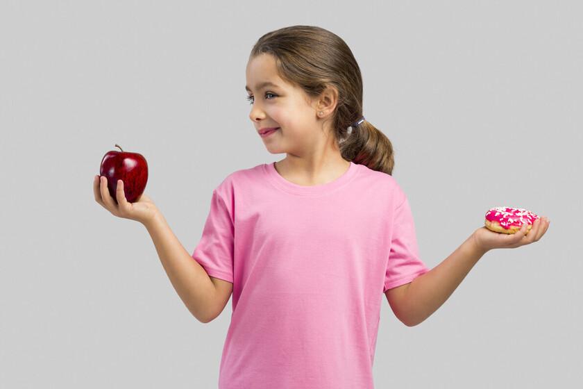 Qué alimentos elegir y cuáles evitar para prevenir la obesidad infantil