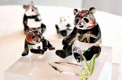 Edición limitada de pandas de Swarovski