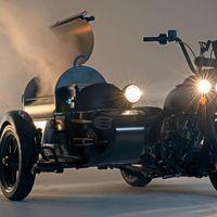 Esta moto con sidecar es puro sueño americano, porque tiene montada una barbacoa completa