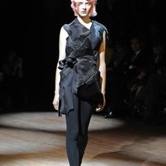 Foto 2 de 14 de la galería comme-des-garcons-primavera-verano-2010-en-la-semana-de-la-moda-de-paris en Trendencias