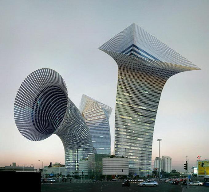 Foto de La arquitectura fantasiosa de Victor Enrich (1/14)