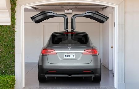El Tesla Model X llegará a las calles a principios de 2015