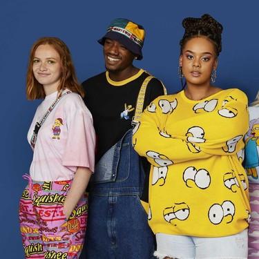 ASOS hace de Los Simpsons los protagonistas de una colección unisex muy noventera