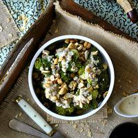 Brócoli al vapor con aliño de tahini y limón: receta ligera