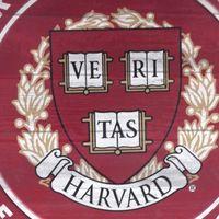 Así puedes estudiar gratis cursos de Harvard y el MIT en Colombia
