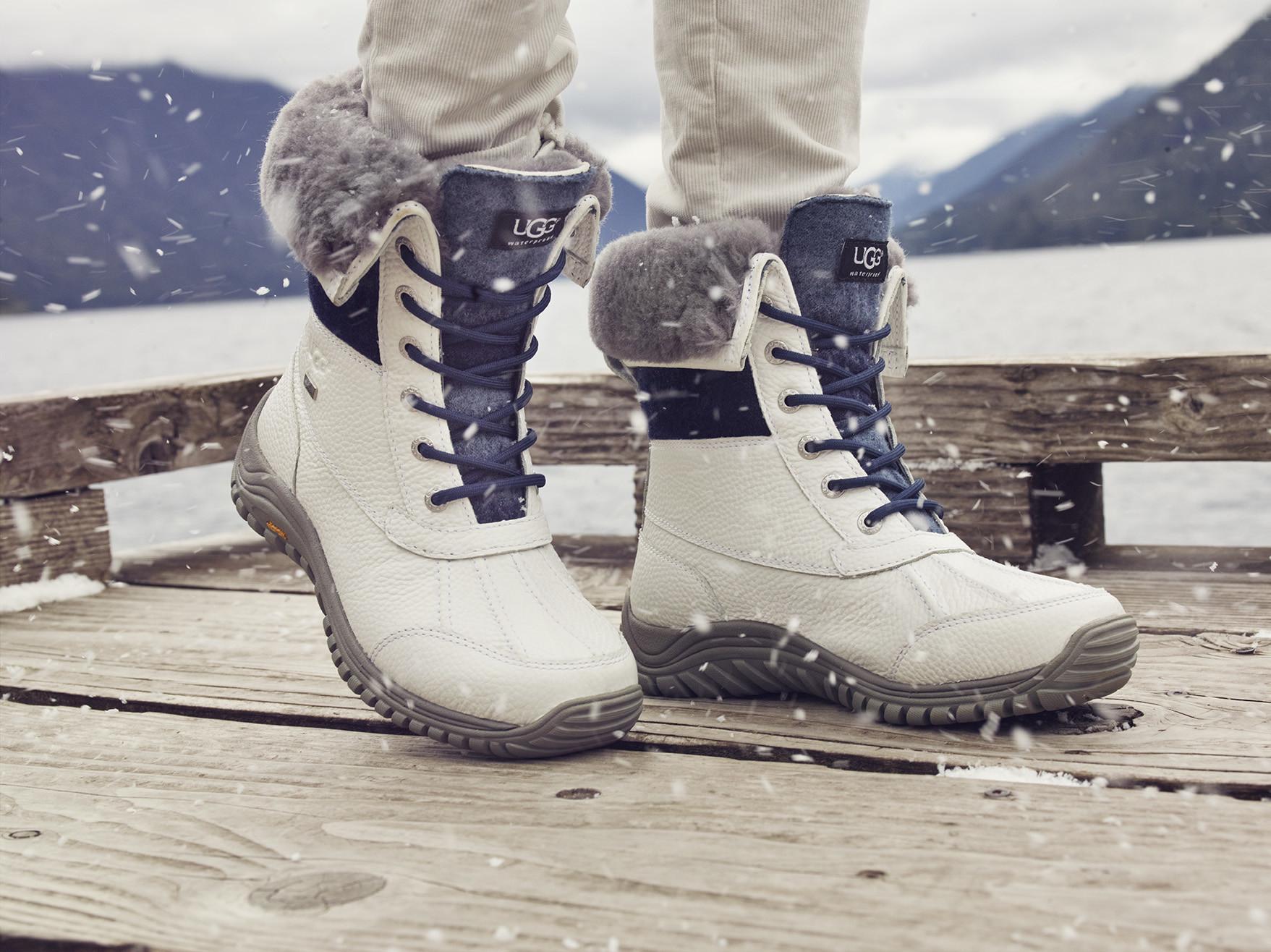 Foto de Las botas UGG se reinventan para lucir los pies más calentitos con mucho estilo y copiando a las 'it girls' (19/19)