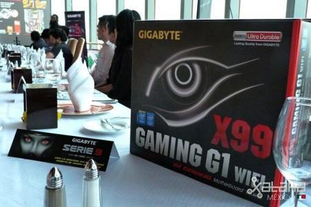 GIGABYTE celebra desde lo alto lanzamiento de motherboards X99 en México