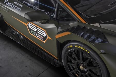 Lamborghini Huracan Super Trofeo Evo2 2021 001