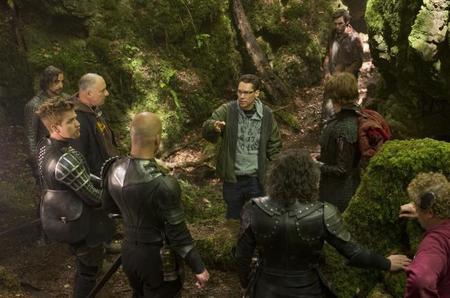 Bryan Singer dando instrucciones en el set de rodaje