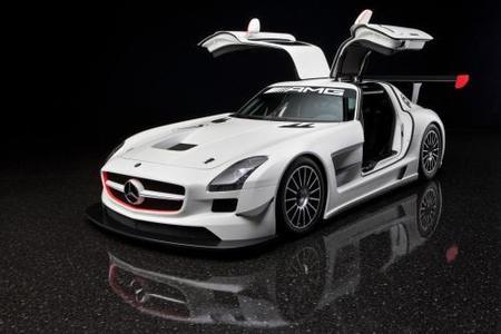 """Mercedes SLS AMG GT3, volar por los circuitos con un """"alas de gaviota"""""""