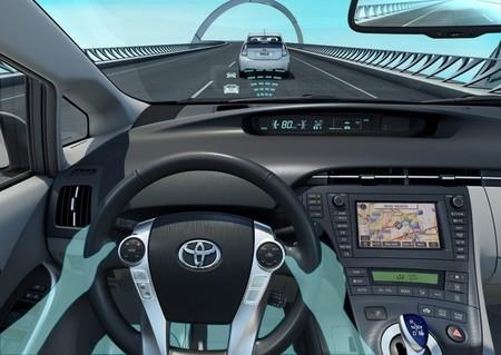Asistente de mantenimiento de carril de Toyota (LKAS)