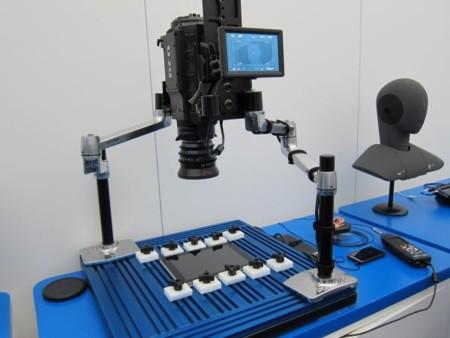 Este robot decide si te gustará la respuesta táctil de tu smartphone o tablet