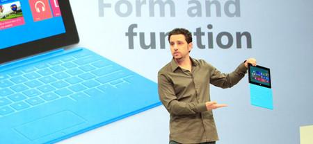 Panos Panay y el equipo de Surface charlan en Reddit sobre Surface Pro y su salida al mercado