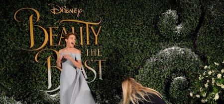 Todos los looks que Emma Watson nos ha dejado en su gira mundial de La Bella y la Bestia