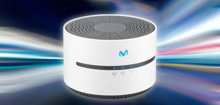 Movistar renueva su repetidor Wi-Fi: ahora puede emitir en 5 GHz pero pierde un puerto ethernet