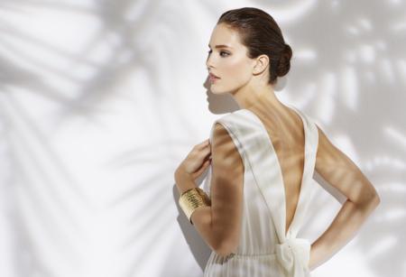 Todo al blanco: 11 vestidos blancos para recibir el buen tiempo