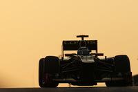 Kimi Raikkonen vence una carrera loca. Fernando Alonso se acerca a Vettel