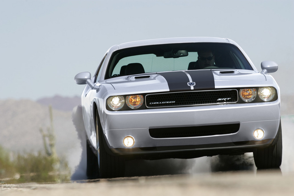 Foto de Dodge Challenger SRT8 (100/103)