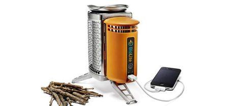 Cuando se va la luz en casa, carga tu móvil haciendo una hoguera con BioLite