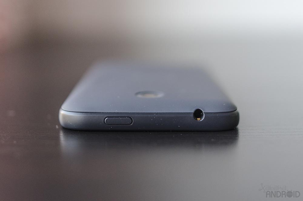 Foto de HTC Desire 510, diseño (19/22)