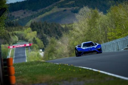 Este vehículo eléctrico ha destrozado el récord a una vuelta del infierno verde de Nürburgring Nordschleife