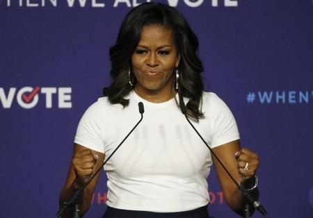 Michelle Obama Gira Libro3